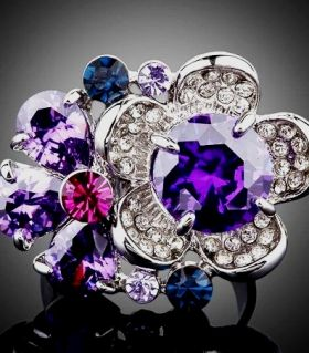 Amethyst and sapphire ring