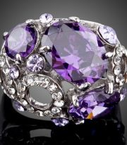 Ring with purple crystals