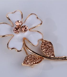 Brooch Margarita